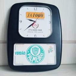 Título do anúncio: Antigo relógio Palmeiras raridade Pop Arte para decoração peça única no Estado .