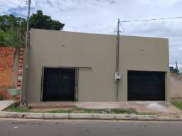 Aluga-se salão comercial no bairro Dr. Fábio