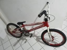 Bike de bmx race ou bicicross profissional chase