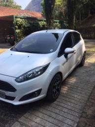 New  Fiesta 2015 1.5 S