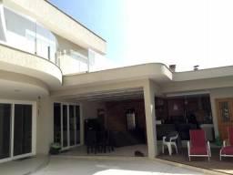Título do anúncio: Camboinhas, casa ampla, condomínio, luxo e sofisticação, 5 quartos
