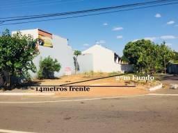 Lote 371m² de Esquina - Localizado na Avenida comercial do Setor Goiânia 2 ,