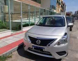 Nissan Versa SV 2015/2016 32mil km - 2016