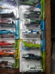 Vendo carrinhos vários