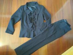 Conjunto calça e blazer 42