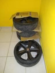 Vendo jogo de roda aro 20 , 4 peneus semi novos