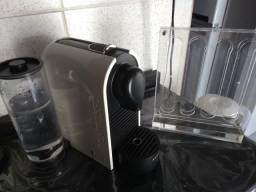 Cafeteira nespresso u
