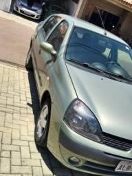 Clio sedan 1.6 - 2003