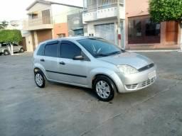 Fiesta 1.0 Zetec Rocam 8 válvulas - 2003