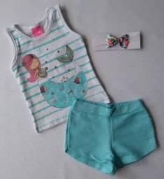 Estoque peças roupa infantil com etiqueta