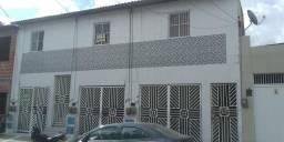 Aluga-se casas Quintino Cunha LEIA DESCRIÇÃO