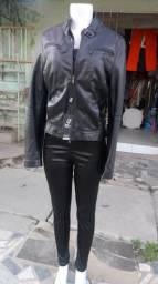Conjunto jaqueta calça e top