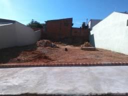 Terreno , plano, 275mts- Jd.São Pedro