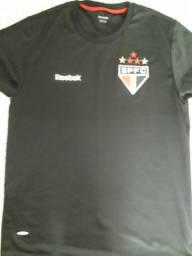 Camisas e camisetas Masculinas na Baixada Santista e Litoral Sul ce992a4db5588