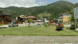 Aluga-se casa próximo do mar, em Palmas, Governador Celso Ramos - SC