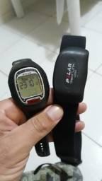 7c240b4106a Relógio polar mede os batimentos cardíacos