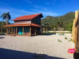 Casa com 2 dormitórios à venda, 100 m² por R$ 415.000,00 - Pântano do Sul - Florianópolis/