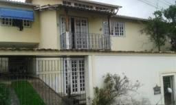 C019 - Casa com espaço gourmet em bairro com grande valorização imobiliária