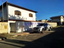 Casa reformada no centro de Nova Almeida