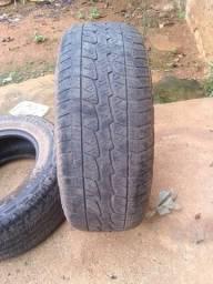 Vende se, pneu usado .