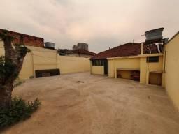 Casa com amplo quintal na Vila Fachina em Limeira, Sp