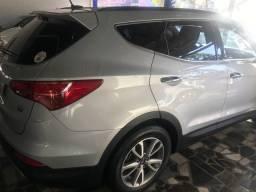 Hyundai Santa Fe 2015 único dono
