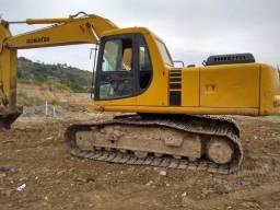Escavadeira Komatsu Pc-200
