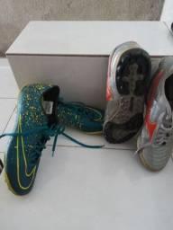 Dois tênis seminovos Mizuno, Nike ... ambos tamanho 40