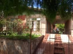 8352   Casa para alugar com 3 quartos em Vila Samuel, Astorga
