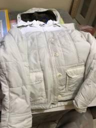 casaco branco de frio