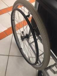 Título do anúncio: Cadeira de roda