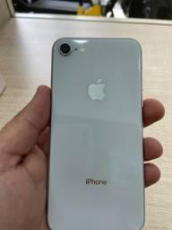 Título do anúncio: iPhone 8 64gb branco