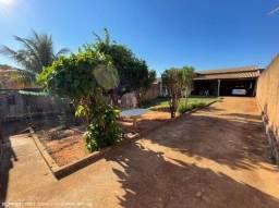Pq. Imperial - Amplo terreno 360m² com casa de 2 dormitórios e diversas vagas