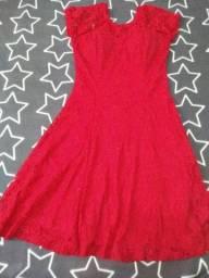 Título do anúncio: Vestido Rendado Vermelho
