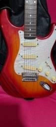 Título do anúncio: Vendo guitarra Hundyai