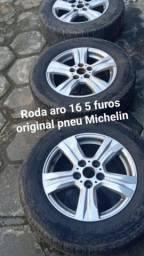 Roda aro 16 5 furos com pneu