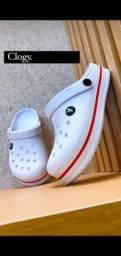 Título do anúncio: Crocs clogy branco