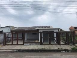 Título do anúncio: Casa com comércio em Tramandaí