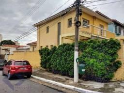 Título do anúncio: Casa Comercial com 8 Quartos e 3 banheiros para Alugar, 250 m² por R$ 3.500