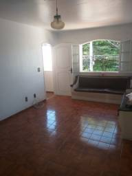 Título do anúncio: Espaçosa casa duplex para alugar no Braga com 3 quartos