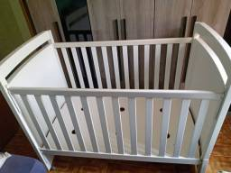 Título do anúncio: Berço de bebê com rodinhas