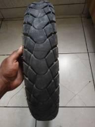 Título do anúncio: Vendo pneu traseiro de bros bom quase novo cim cabelo ainda