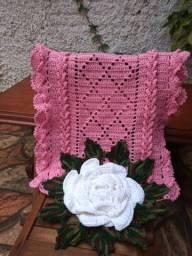 Caminho de Mesa em Crochê cor Rosa