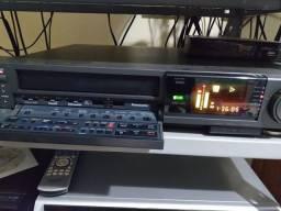 Título do anúncio: Vendo Vídeo Cassete Super VHS  AG 1960