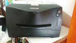 Título do anúncio: Impressora Semi-Nova  Lexmark. Modelo E332