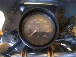 Vendo essa moto relíquia