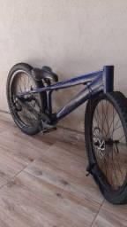 Vendo por peças ou inteira - Bike Gios