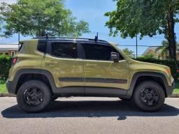 Jeep Renegade Trailhawk 2016 impecável