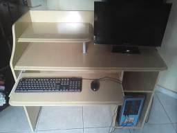 Somente mesa pra computador