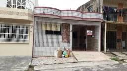Casa no Marco, Passagem Virgílio com Almirante, 2/4 com garagem